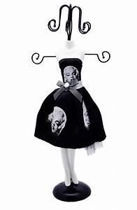 Porte Bijoux Mannequin : mannequin porte bijoux marilyn monroe ~ Teatrodelosmanantiales.com Idées de Décoration