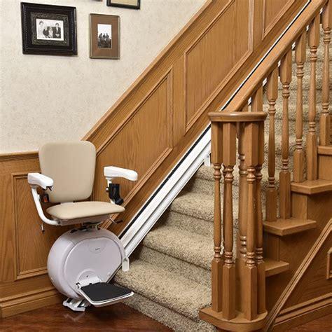siege monte escalier siège monte escalier droit