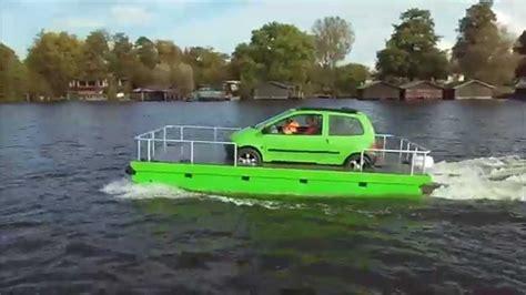 Klein Motorbootje Kopen by Der Frosch Auto Auf Pontonboot Auto Flo 223 Schwimmauto