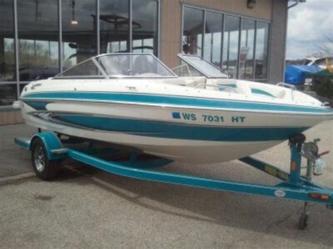 Boat Trailer Rental Milwaukee by 2010 Glastron 185gt 19 Foot 2010 Glastron Motor Boat In