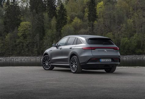 This review of the new mercedes eqc contains photos, videos and expert opinion to help you choose the right with nearly 60 years of experience between them, carwow's expert reviewers thoroughly test every car mercedes eqc: Autotest - Mercedes-Benz EQC 400 4Matic (2019) - ZERauto.nl