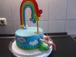 Regenbogen Einhorn Torte : einhorn torte mit regenbogen aus fondant mit viel glitzer unicorn youtube ~ Frokenaadalensverden.com Haus und Dekorationen