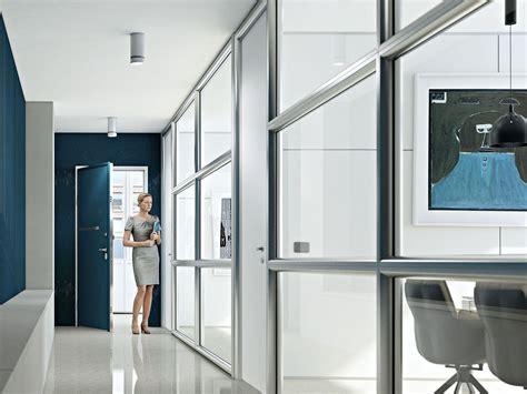 cloison de bureau amovible cloison amovible de bureau en aluminium et verre wall system by arcadia