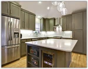 kitchen cabinet crown molding ideas kitchen cabinet crown molding uneven ceiling home design ideas