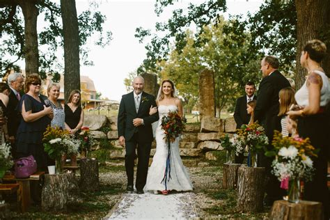 Circle S Ra H Venue Lawre E Ks Weddingwire