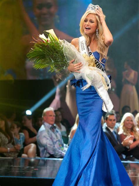 Fbi Probes Nude Photo Extortion Of Miss Teen Usa