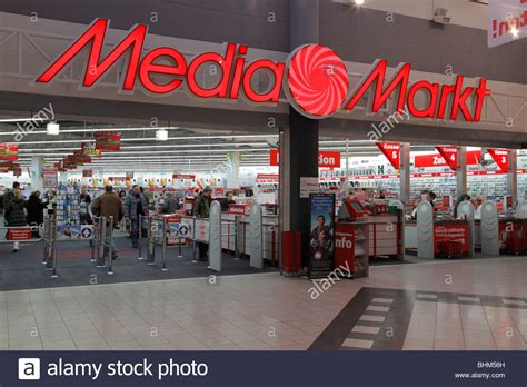 kühlbox media markt media markt in halle pei 223 en germany stock photo 28102665 alamy