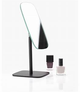 Miroir Metal Noir : miroir de table design en m tal noir ~ Teatrodelosmanantiales.com Idées de Décoration