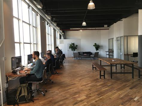 keeping  collaborative office space clean cleanthat