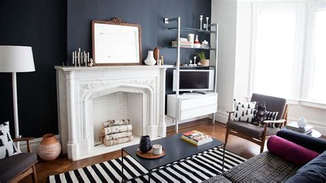 Decorating Ideas For 2 Bedroom Apartment by 20 Studio Apartment Decorating Tips Stylecaster