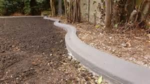 Bordure Jardin Beton 1 Metre by Pose De Bordures B 233 Ton Moul 233 Es Pour Jardin Massif