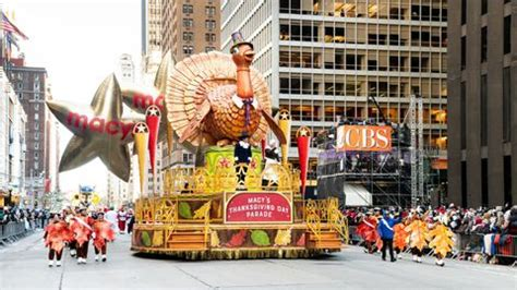 stream macys thanksgiving day parade