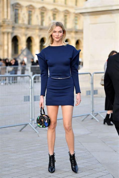 Karlie Kloss Louis Vuitton Fashion Show Paris