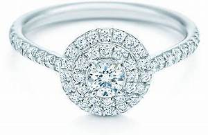 Tiffany Ring Verlobung : lots of smaller diamonds gives it tons of sparkle but makes it more affordable than one big ~ A.2002-acura-tl-radio.info Haus und Dekorationen