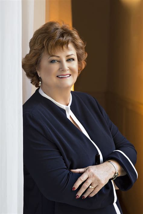 nancy parsons receives international thought leader