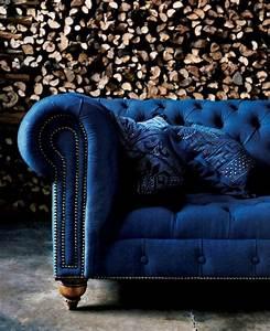 Canapé Bleu Velours : chesterfield le style revisit mademoiselle d co blog d co ~ Teatrodelosmanantiales.com Idées de Décoration