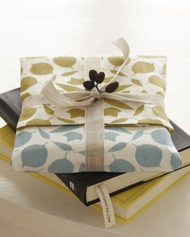 Kitchen Tea Gift Wrapping Ideas by 30 Best Images About Ideas For Tea Towels On