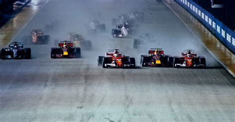 disastrous start for in singapore helps hamilton
