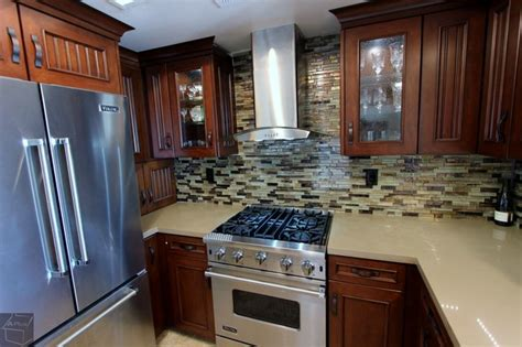 76  Lake Forest  Complete Kitchen With Brand New Custom