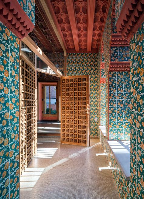 casa vicens de antoni gaudi arquitectura decoracion