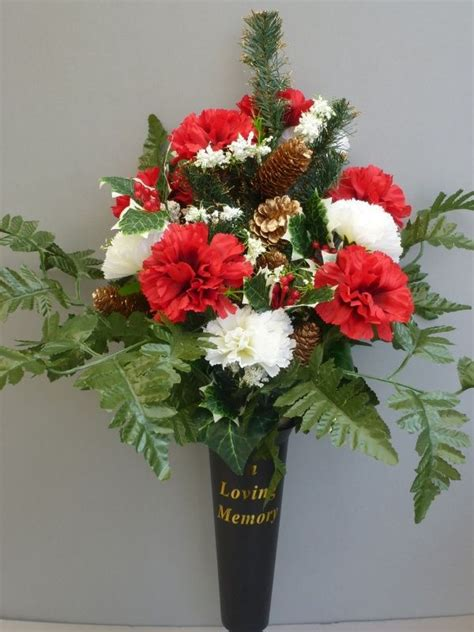 christmas spike vase  red white carnations wreath