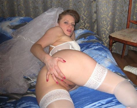 Just Married Archives Wifebucket Offical Milf Blog