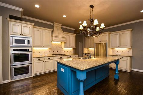 venetian gold granite with white cabinets new venetian gold granite countertops elegance gold granite