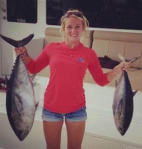 October 2013 Girls Gone Fishing: Hotties Holding Trophy ...
