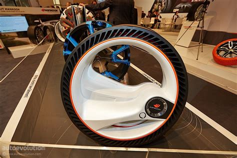 These Future Car Tires Never Go Flat Kachwanyacom