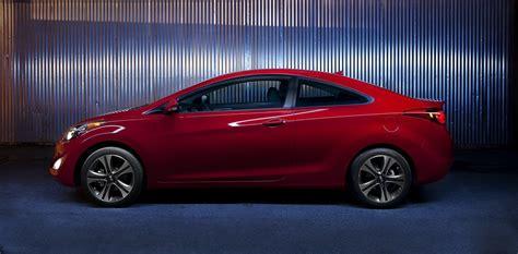 2013 hyundaielantra pricing and specs. 2013 Hyundai Elantra Coupe - A Short Analytical Review ...