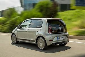 Volkswagen Up : volkswagen up 5 doors specs 2016 2017 2018 autoevolution ~ Melissatoandfro.com Idées de Décoration