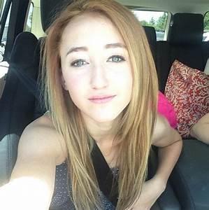 Noah Lindsey Cyrus Hairstyle VS Sister Miley Cyrus Haircut