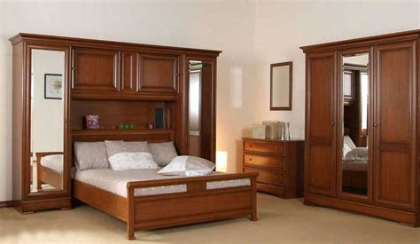 placard chambre adulte fabulous armoire chambre coucher bois massif with chambre