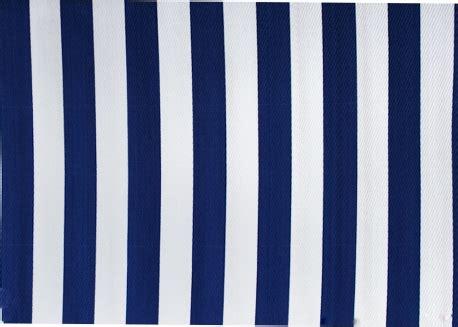 tapis theme marin rayures bleu royal blanc chez ksl living