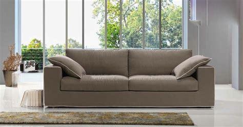 teindre un canapé en tissu non déhoussable canapé haut de gamme déhoussable st barth coup de soleil