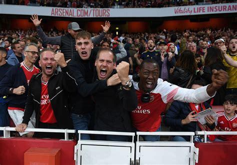 Arsenal fans hail Gabriel's performance last night – HITC