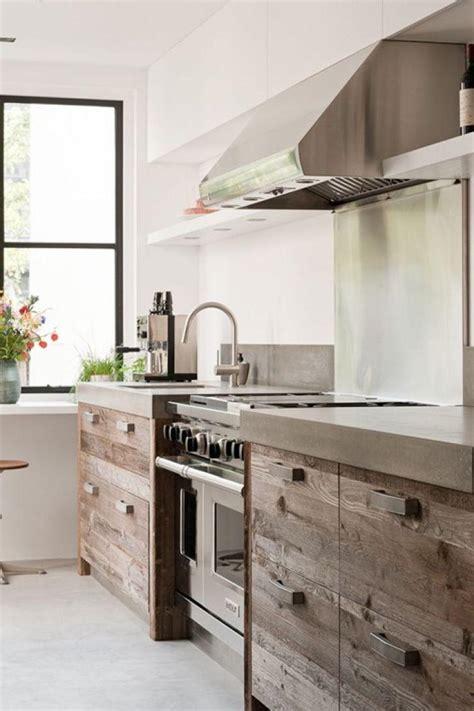 facade bois cuisine la cuisine bois brut adopte un look design moderne
