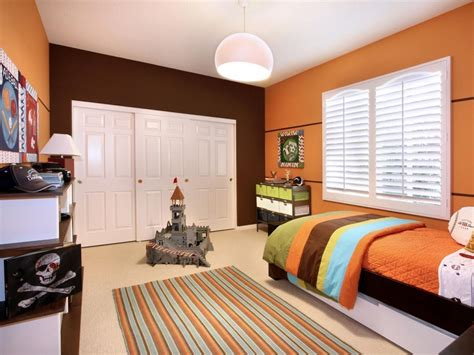 bedroom orange and green wall color for bright bedroom