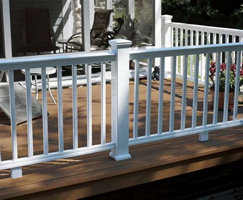 20+ Creative Deck Railing Ideas For Inspiration