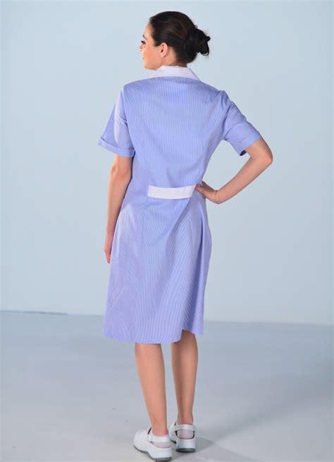 emploi de menage de bureaux blouse de travail femme de ménage bleue blouse femme de