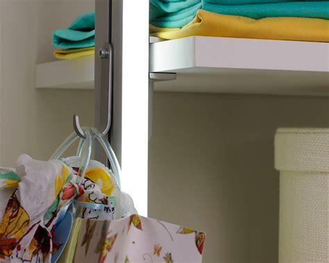 Mehrzweckhalter Für Begehbaren Kleiderschrank