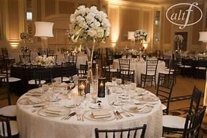 Black and White Wedding Table Setting – Las Vegas Wedding