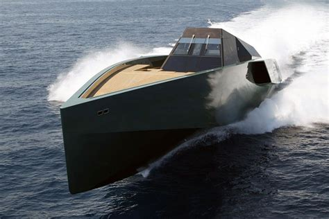 Boats World the 10 sexiest power boats in the world www yachtworld