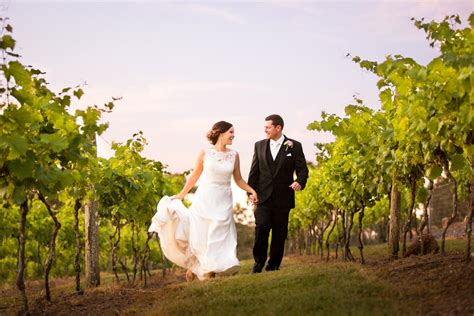 leticia  matthew sirromet winery wedding photography