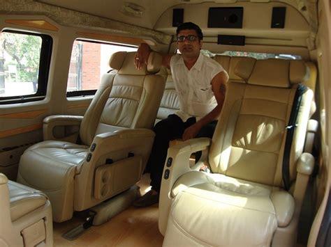 seater super luxury van toyota van hire delhi luxury
