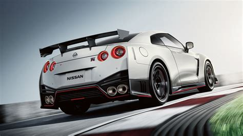 nissan gt  nismo  supercars performance cars