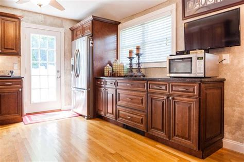 maple kitchen cabinet 26 best kitchen cabinets door styles images on 3997