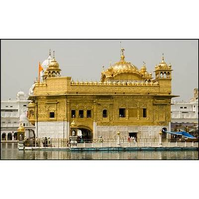 Travel Golden Temple of Amritsar: the holiest