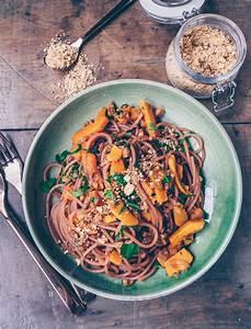 Spaghetti Mit Kürbis : rotwein spaghetti mit k rbis walnuss sauce klara s life ~ Lizthompson.info Haus und Dekorationen