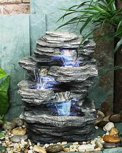 Brunnen Garten Solar : dreistufiger wasserfall brunnen mit led beleuchtung in ~ Lizthompson.info Haus und Dekorationen